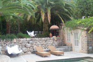 Retreat med yoga, vandring og Qigong på Mallorca, se wiseonlife.dk